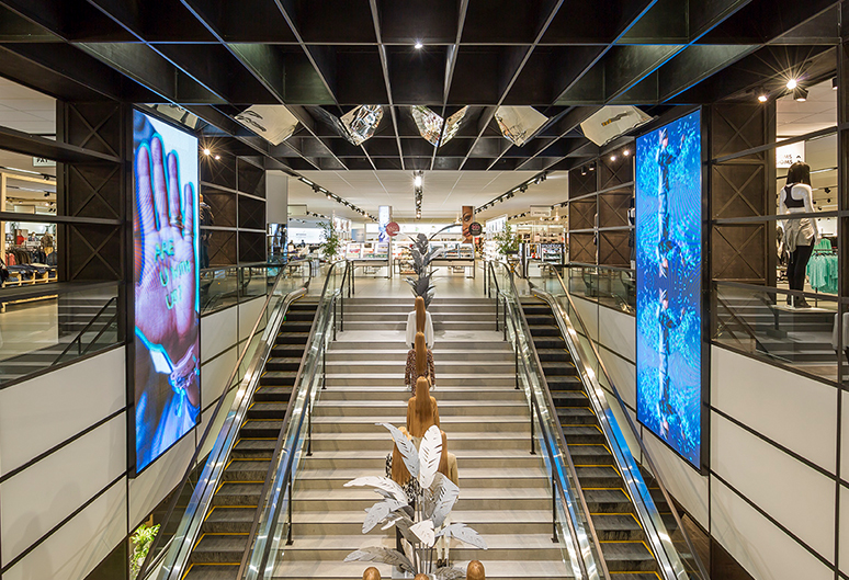 LED Screens - Woolworths